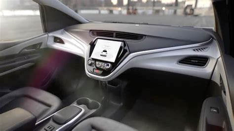 gm introduces  driving car    steering wheel