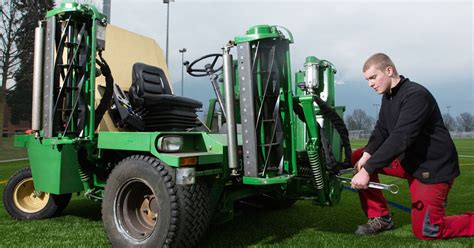 offerta lavoro richiesta meccanico per macchine agricole