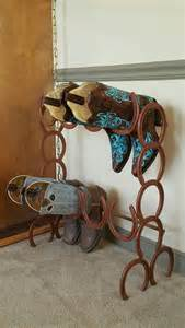 26 rustic horseshoe home décor ideas shelterness - Western Bathroom Ideas