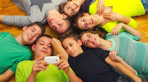 si鑒es sociaux lille ados quelles images partagent ils sur les réseaux sociaux bayard jeunesse