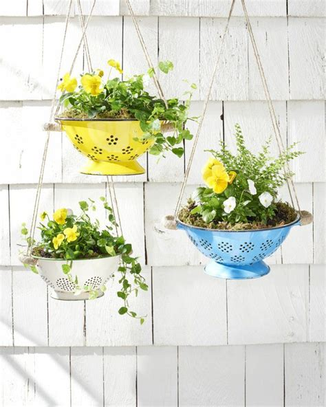 pflanzen zum aufhängen 90 deko ideen zum selbermachen f 252 r sommerliche stimmung im garten upcycling garten deko