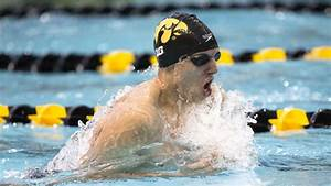 Northwestern, Iowa Swim and Dive Teams Split Big Ten Match-Up
