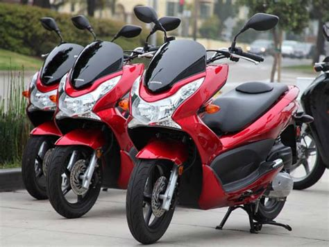 Honda Pcx 150 Scooter To Launch At 2016 Auto Expo