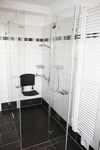 Bodenbelag Für Dusche : seniorenbad barrierefrei und komfortabel wohnen ~ Michelbontemps.com Haus und Dekorationen