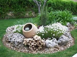 ls jeux de decoration de jardin archzinefr With amenagement jardin avec gravier 13 rocaille jardin creer une rocaille pratique fr