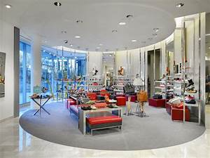 Four Trends in Department Store Design | VMSD