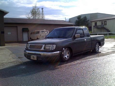 bagged nissan frontier 2000 nissan frontier 1 possible trade 100478952