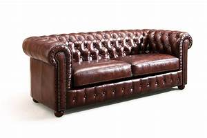 Canape chesterfield original rose moore for Canapé cuir chesterfield