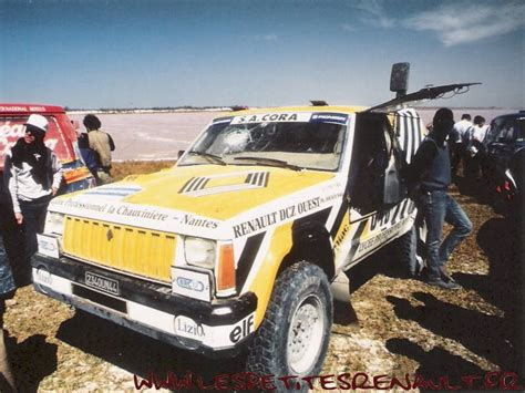 Les Petites Renault - Jeep Cherokee Dakar 1988
