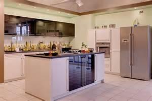 küche kochinsel bauformat musterküche küche mit kochinsel ausstellungsküche in hof küchentreff friedrich