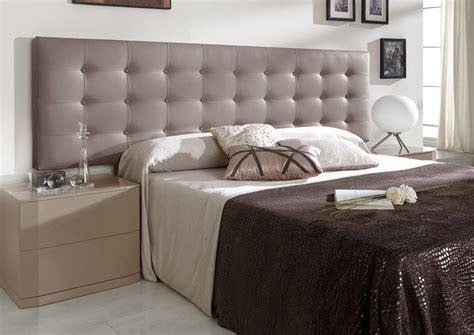 tete de lit coloree acheter votre t 234 te de lit contemporain capitonn 233 en pvc argent chez simeuble