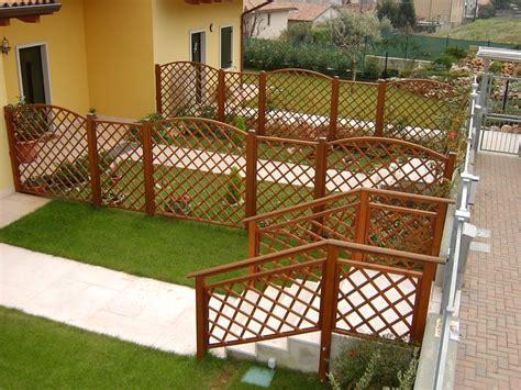 recinzioni di legno per giardini recinzioni in legno per terrazzi con pannelli di