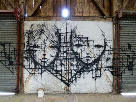 street art  drawings  iemza colossal
