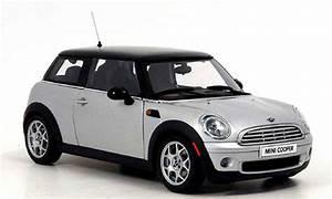 Mini Cooper Grise : mini cooper d miniature grise noire autoart 1 18 voiture ~ Maxctalentgroup.com Avis de Voitures