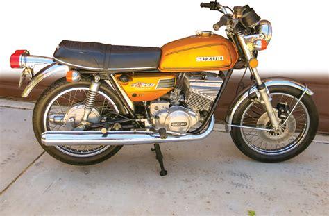 Suzuki Gt250 by Retrospective 1973 1975 Suzuki Gt250 Hustler