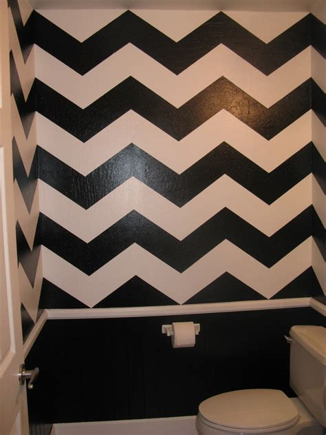 chevron print painted bathroom decor ideas