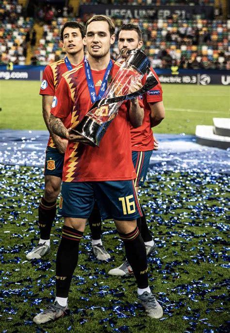 The latest tweets from @uefaunder21 Framed #145 | Spain U21 v Germany U21 - SoccerBible