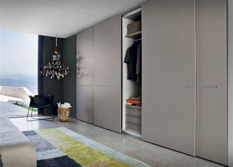traccia sliding door wardrobe sliding door wardrobes