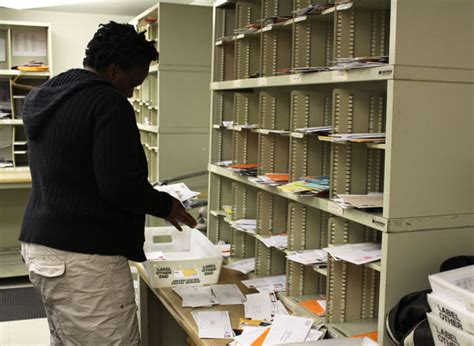Office Mail by 187 Mail Services A Day In The Division Of Business