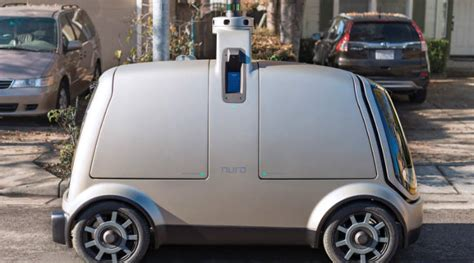 driverless delivery robot car  arrive