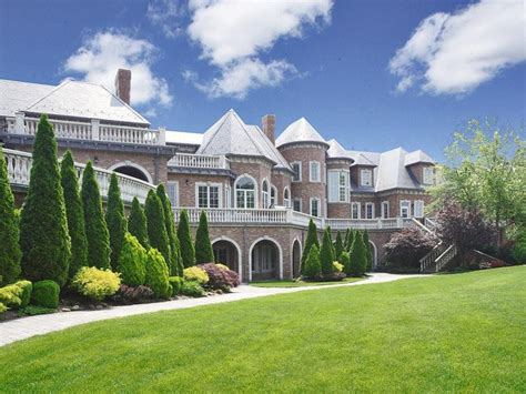 Most Beautiful Homes  Top Ten Most Beautiful Houses In