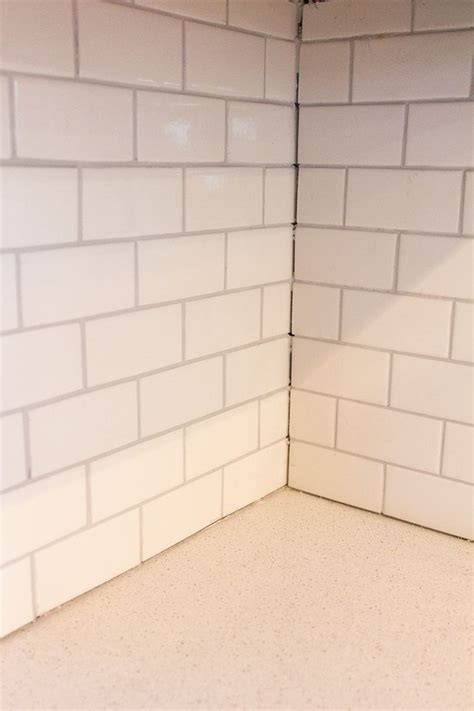 tile inside corners grout or caulk 143 best images about diy home projects on