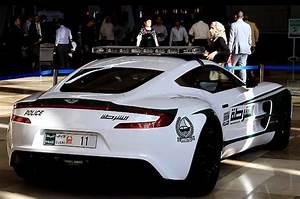Fun Autos 77 : dubai police aston martion one 77 no car no fun muscle cars and power cars ~ Gottalentnigeria.com Avis de Voitures