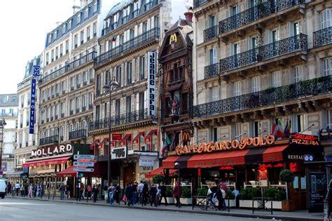 rue saint lazare 224 paris