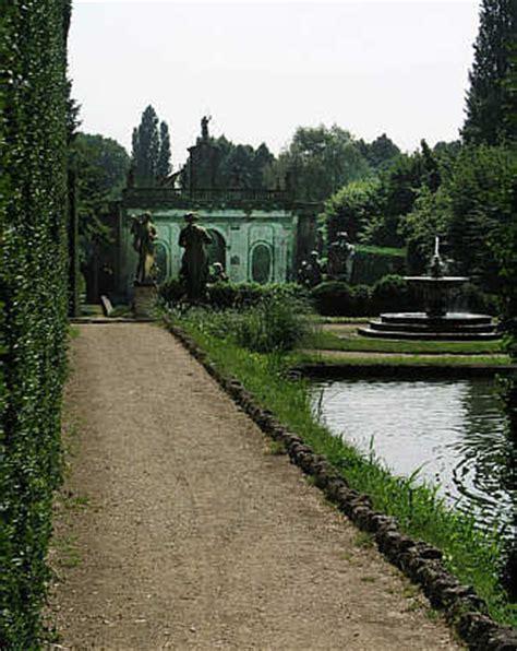 Der Garten Hauptallee by Garten Der Villa Barbarigo In Valsanzibio