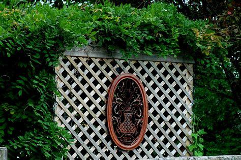 build wood lattice screens   easy steps