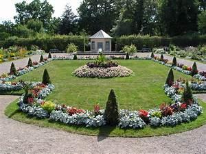 Garten Blumen Bilder : datei blumengarten pavillon schloss belvedere bei weimar jpg wikipedia ~ Whattoseeinmadrid.com Haus und Dekorationen