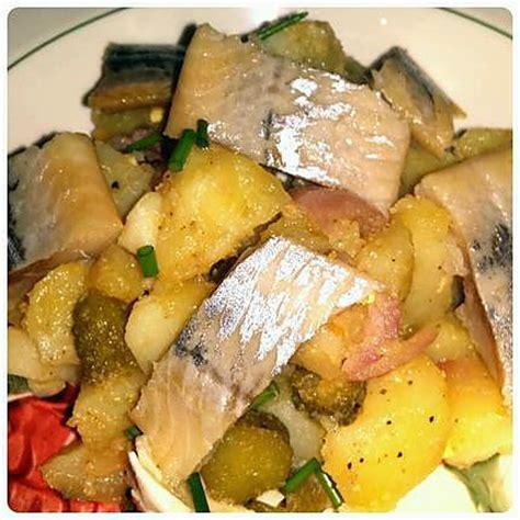 cuisiner le hareng fumé salade de pommes de terre au hareng fumé par
