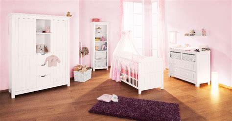 chambre bébé pinolino pinolino chambre bebe lit commode armoire pin massif