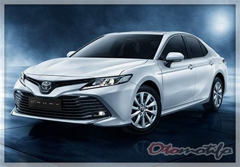 Gambar Mobil Toyota Camry Hybrid harga toyota camry 2019 sedan mewah terbaik toyota
