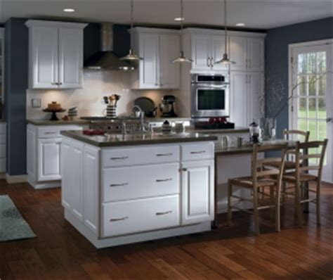 how to paint thermofoil kitchen cabinets can thermofoil cabinets be painted chism brothers painting 8818