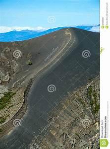 Irazu Volcano Royalty Free Stock Photos - Image: 34688338