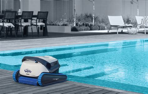 Home & Commercial Robotic Swimming Pool Cleaner Singapore