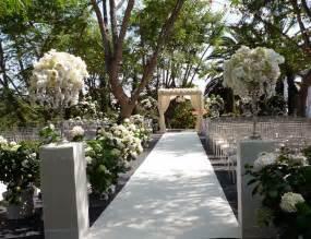 vintage inspired wedding flowers ivory green garden
