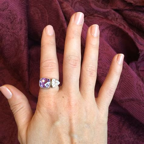 show me your pointer index finger rings