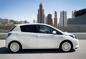 Essai Toyota Yaris Hybride : toyota yaris hybride l 39 essai complet photos ~ Medecine-chirurgie-esthetiques.com Avis de Voitures