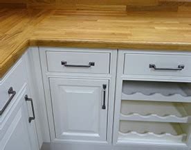 how to spruce up kitchen cabinets 6 ways to spruce up your kitchen cabinets handycrew services 8906