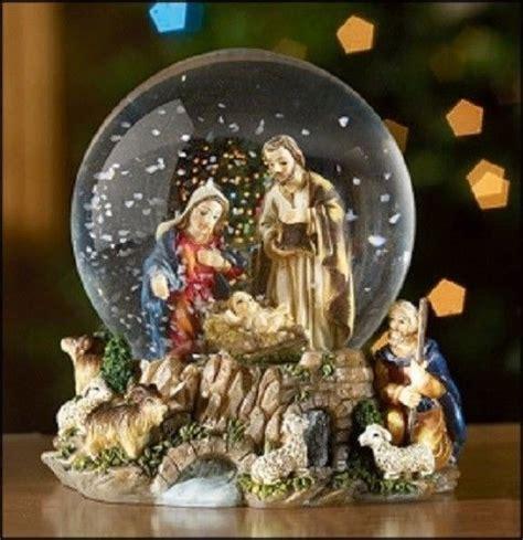 jesus christmas nativity water globe with holy family
