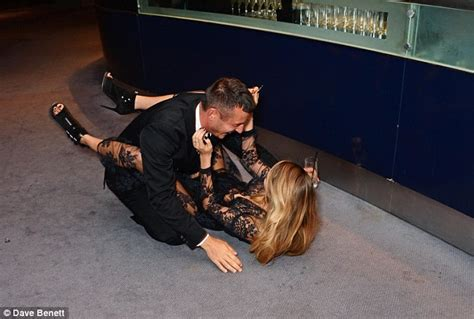 cara delevingne takes a tumble at the gq of the year awards 2014 daily mail
