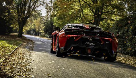 motors fenyr supersport  mark  debut  monterey
