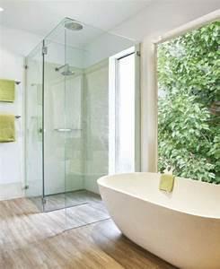 Glasscheibe Für Dusche : ebenerdige dusche modernit t und funktionalit t im ~ Lizthompson.info Haus und Dekorationen