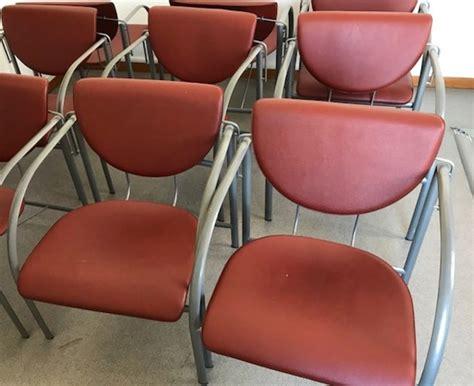 lot de chaises d occasion lot de 7 chaises rouges chaise d 39 occasion aux enchères