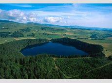 Un volcan encore actif en France sous le Lac Pavin