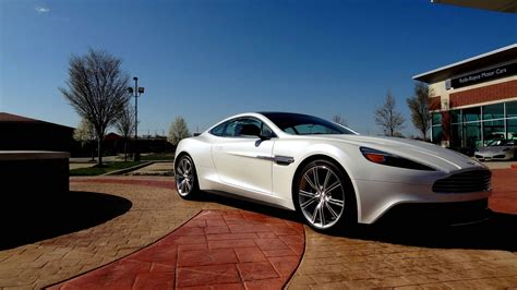 Aston Martin Vanquish Hd Picture by Aston Martin Vanquish Wallpapers Pictures Images