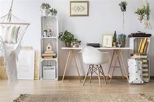 Schreibtisch Mit Stuhl : ebene mit schreibtisch und stuhl stockbild bild von ~ A.2002-acura-tl-radio.info Haus und Dekorationen