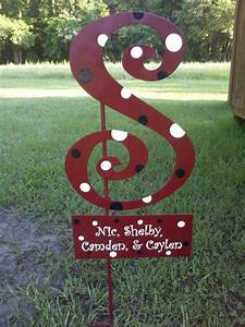 single letter initial yard stake With yard letters